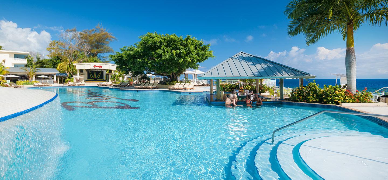 Sandals Grande Ocho Rios Beach Resort Reviews