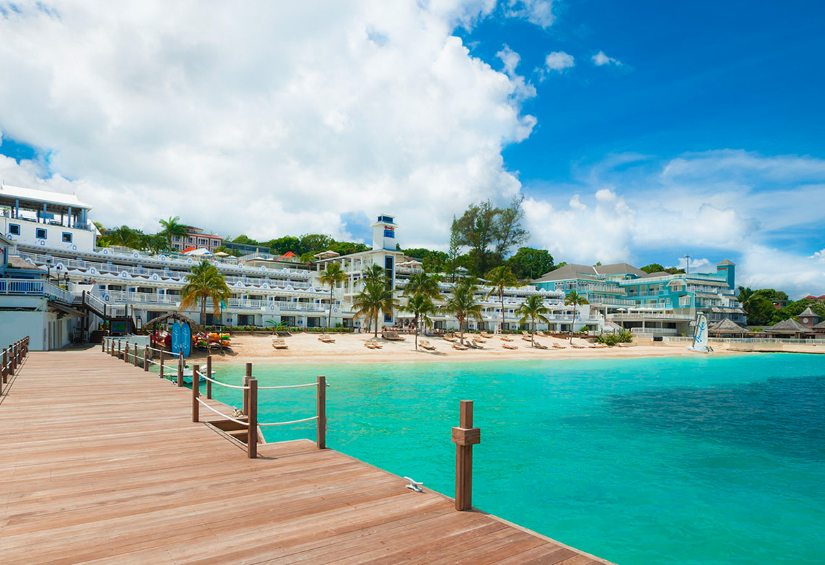 86ec32911653d Deals   Specials on Vacation Packages   Events
