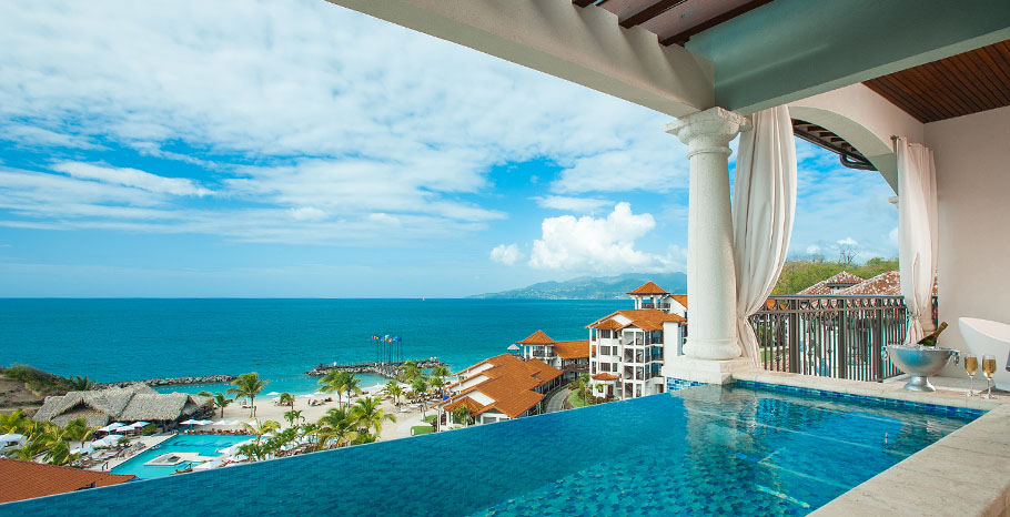All Inclusive Rooms With Private Pools