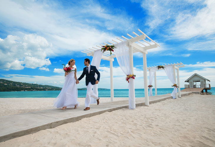 ef9525899e041 Specials   Deals on Vacation Packages and Island Hopping