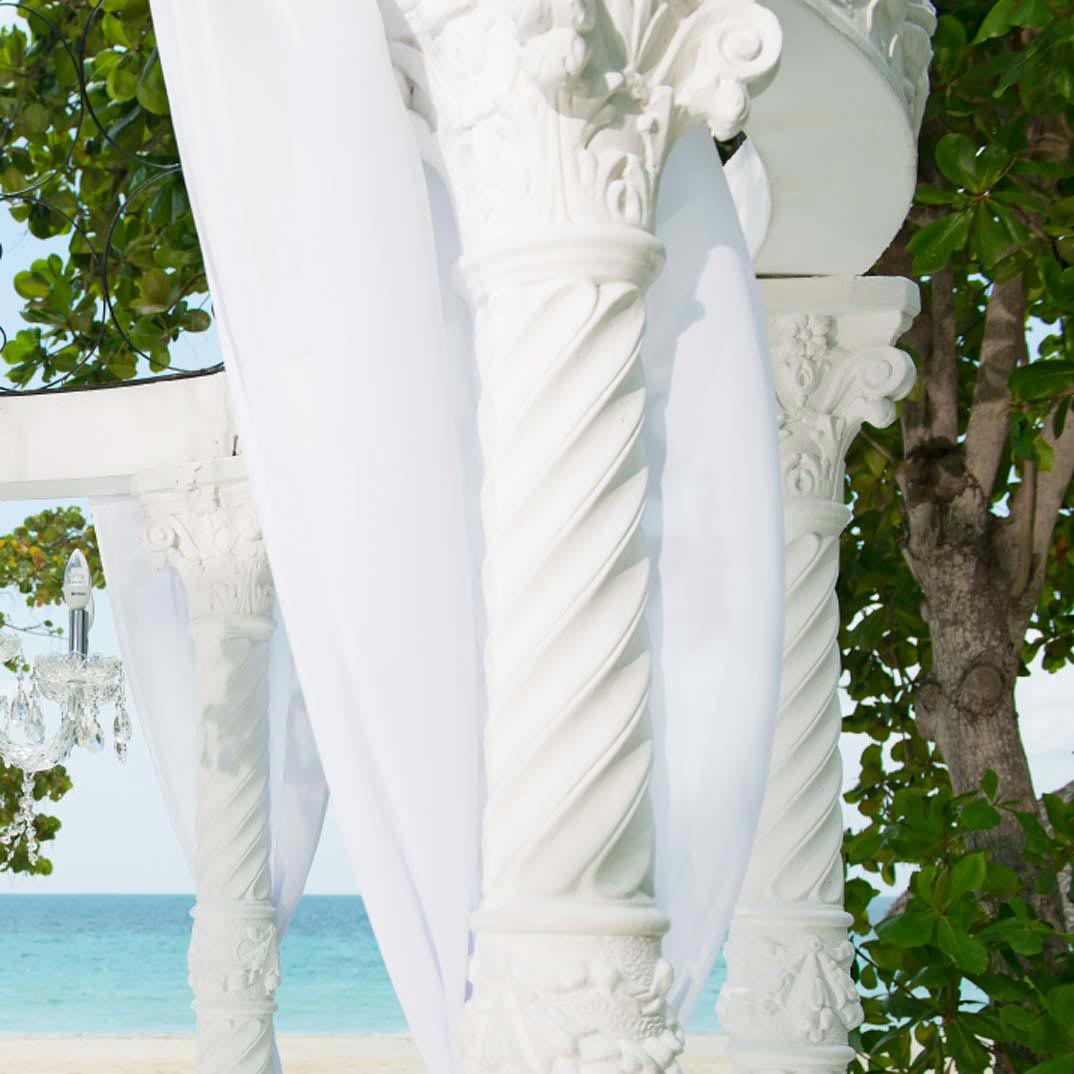Get A FREE Caribbean Wedding Package With A 3-Night Stay